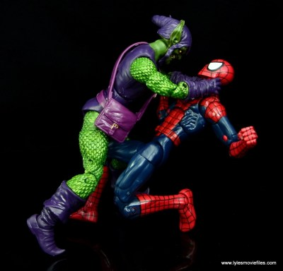 Marvel Legends Green Goblin figure review -choking Spider-Man