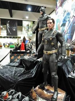 SDCC 2017 new Hot Toys Batman Begins Bruce Wayne