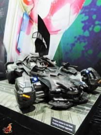 SDCC 2017 new Hot Toys Batmobile
