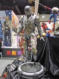 SDCC 2017 new Hot Toys Shades Iron Man 3