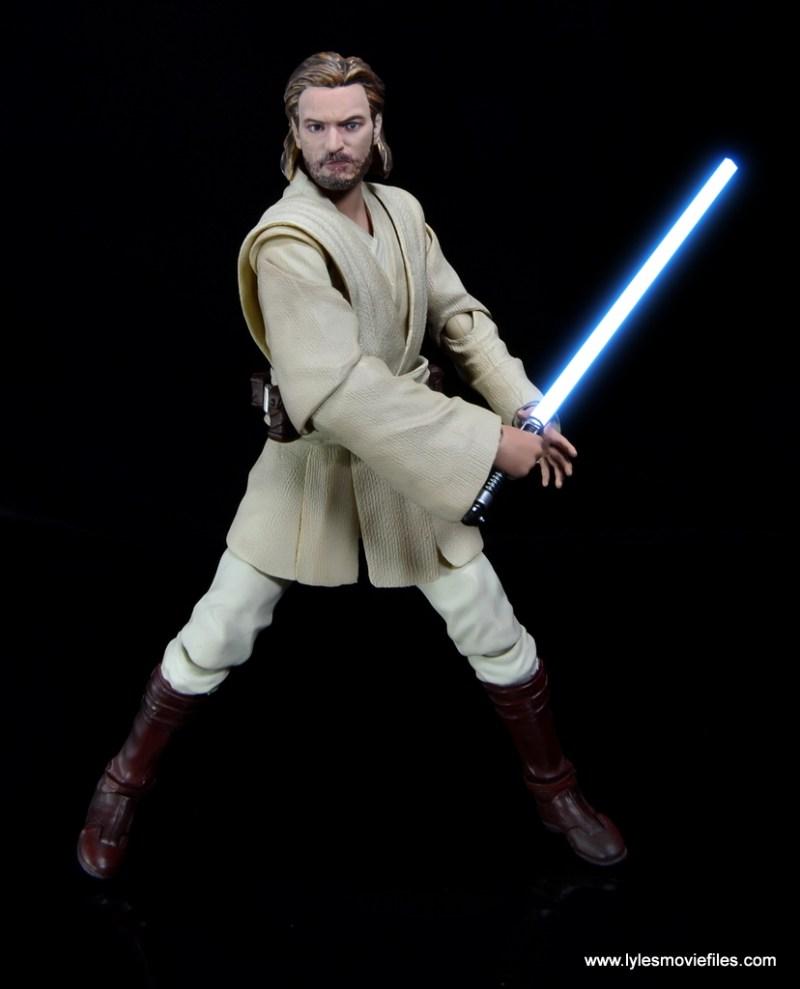 SH Figuarts Star Wars Obi-Wan Kenobi figure review -finishing strike