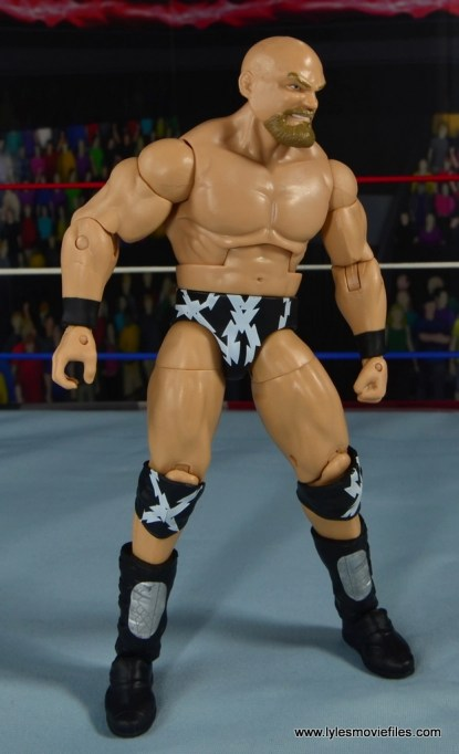 WWE The Warlord figure review -ring gear off