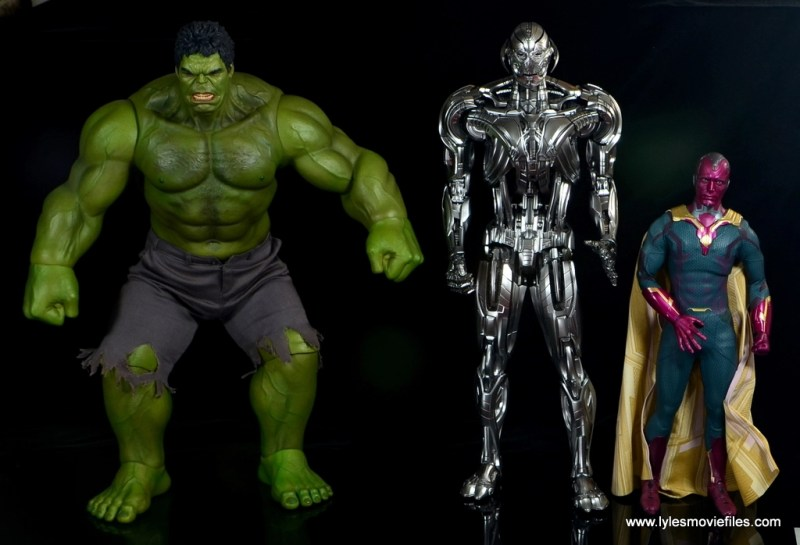 Hot Toys Avengers Ultron Prime figure review -scale with Hulk and Vision