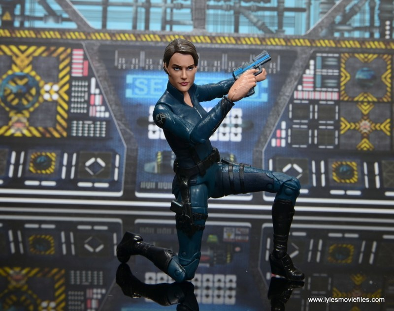 Marvel Legends Avengers Initative figure review -Maria Hill kneeling