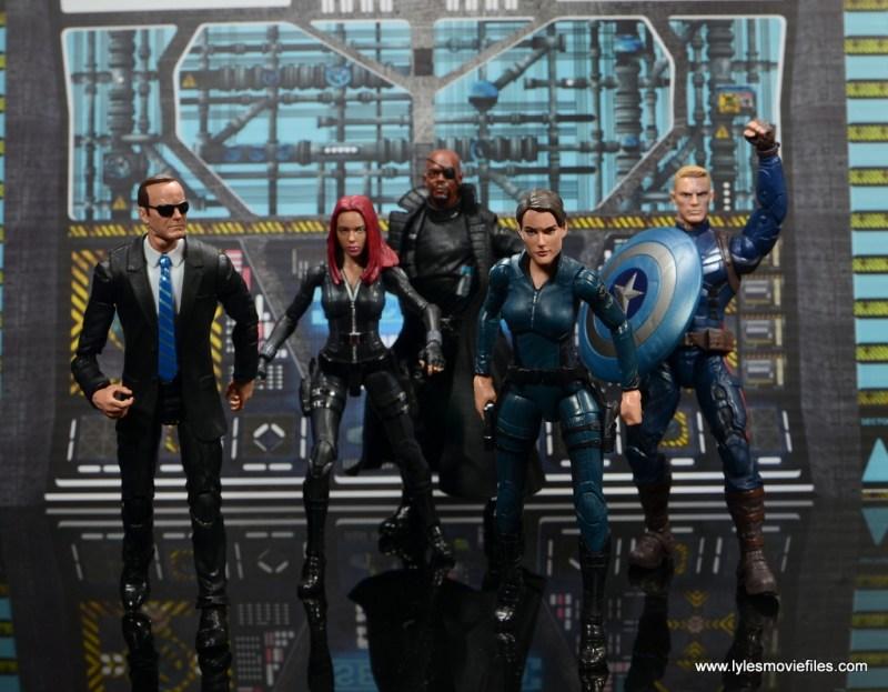 Marvel Legends Avengers Initative figure review - SHIELD assemble