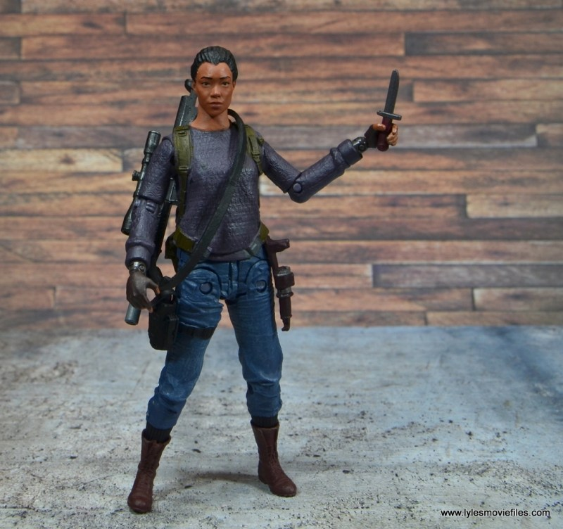 The Walking Dead Sasha figure review -holding knife