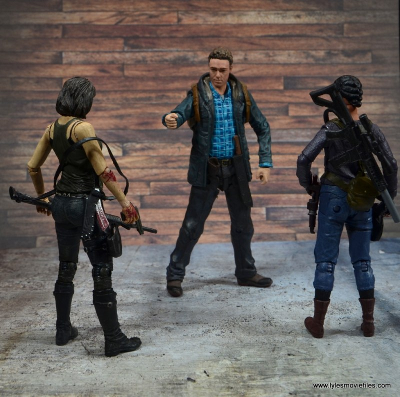 The Walking Dead Sasha figure review -with Maggie talking to Aaron