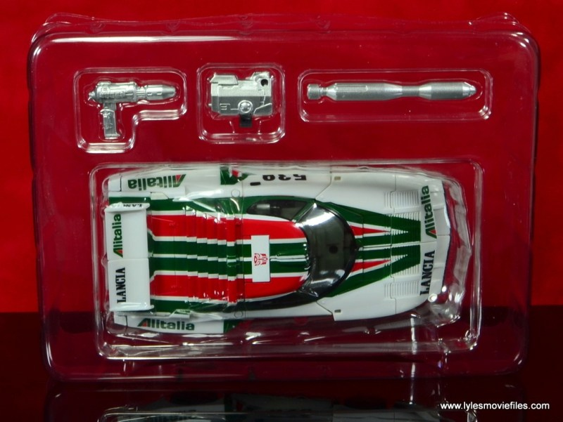 Transformers Masterpiece Wheeljack figure review - in tray
