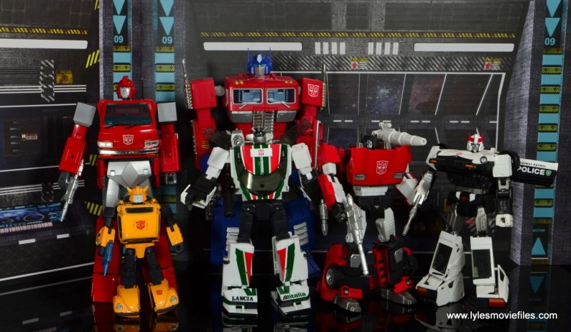 Transformers Masterpiece Wheeljack figure review -scale with Sideswipe, Bumblebee, Optimus Prime, Ironhide and Prowl