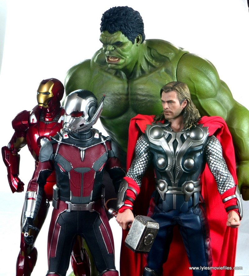 hot toys captain america civil war ant-man figure review -with iron man, hulk and thor