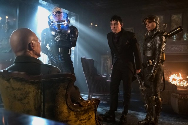 Gotham-Destiny-Calling-review-Hugo-Strange-Mr.-Freeze-Penguin-and-Firefly