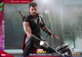Hot Toys Gladiator Thor figure -ready for battle
