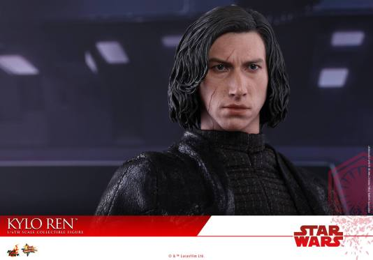 Hot Toys The Last Jedi Kylo Ren -face close up