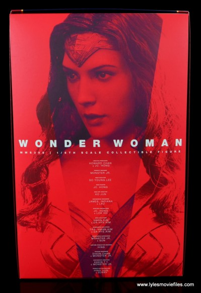 Hot Toys Wonder Woman figure review -package inner lining