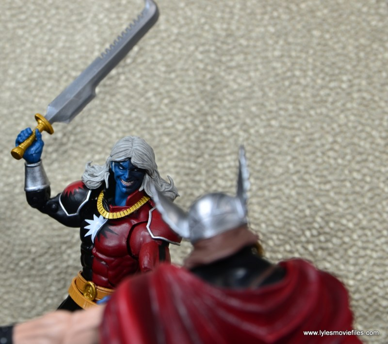 SDCC 2017 Marvel Legends Battle for Asgard figure review - Malekith about to chop the arm off