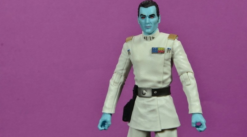 Star Wars The Black Series Grand Admiral Thrawn figure review -main pic