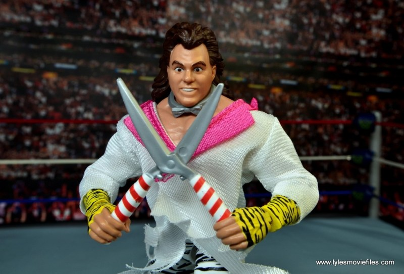 WWE Elite Brutus The Barber Beefcake figure review -accessories on