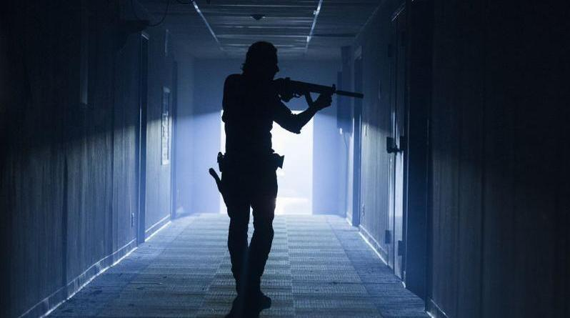 The Walking Dead: The Damned review Rick Grimes hallway