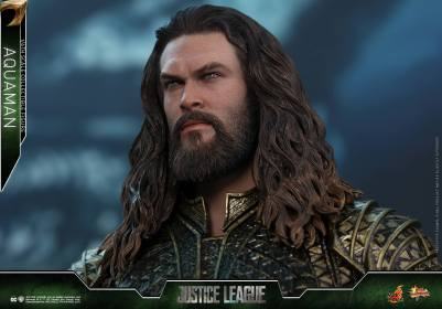 Hot Toys Aquaman figure - head sculpt close uo