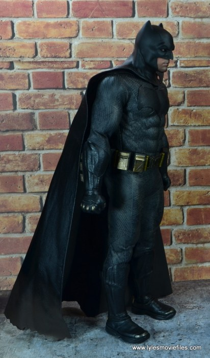 Hot Toys Batman v Superman Batman figure review -right side