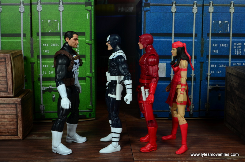 Marvel-Legends-Bullseye-figure-review-scale-with-Punisher-Daredevil-Elektra