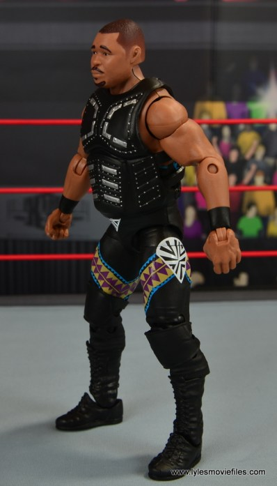 WWE Elite D-Lo Brown figure review -left side