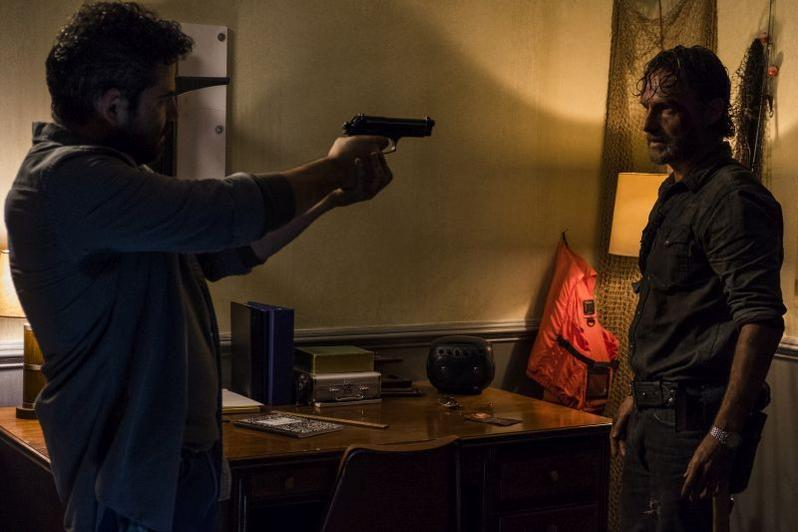 The Walking Dead Monsters review Morales and Rick