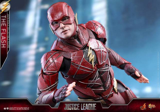 Hot Toys Justice League The Flash figure - running up