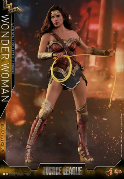 Hot Toys Justice League Wonder Woman figure -with golden lasso