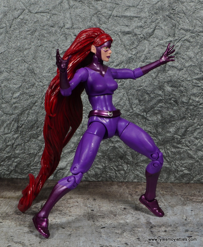 Marvel Legends Medusa figure review -preparing for battle
