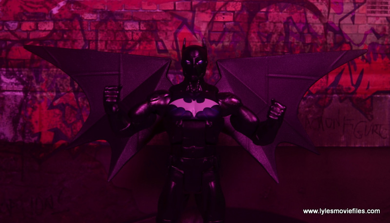 DC Multiverse Batwing figure review - red lighting