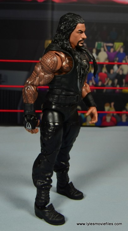 WWE Elite 45 Roman Reigns figure review - right side
