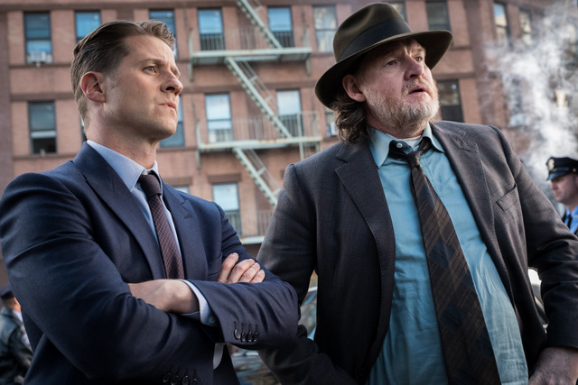 gotham a day in the narrows gordon and bullock