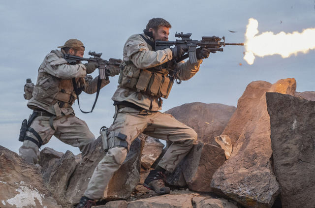 12 strong review - geoff stults and chris hemsworth