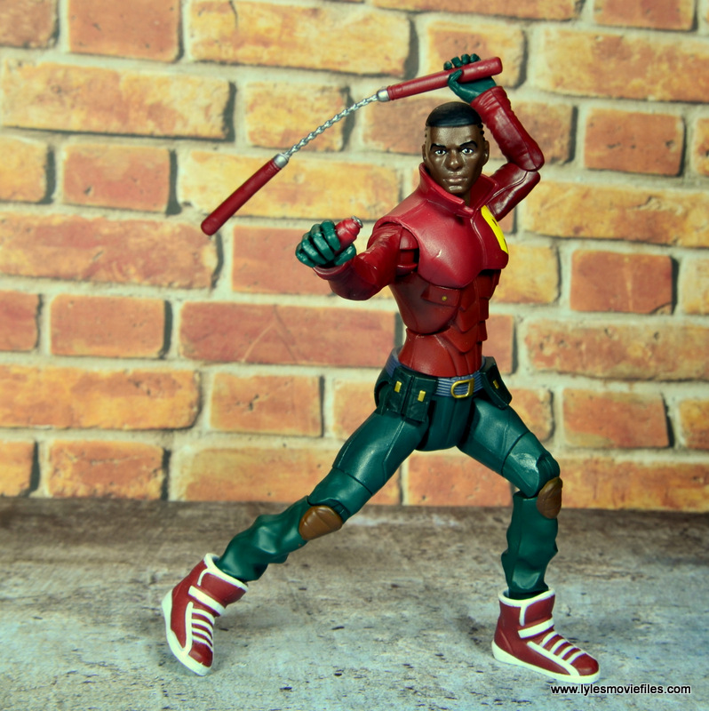 dc multiverse duke thomas figure review - holding accessories
