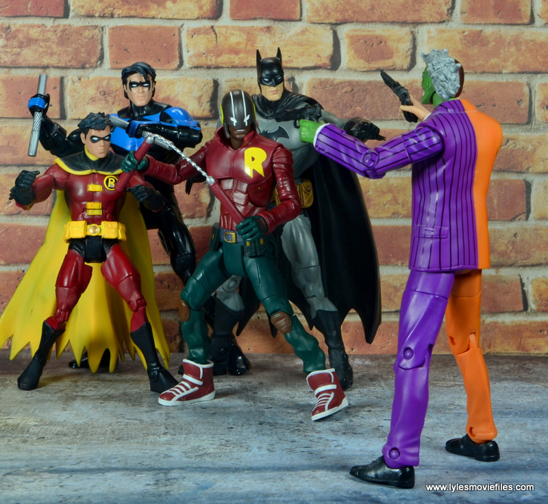 dc multiverse duke thomas figure review - with robin, nightwing and batman vs two face