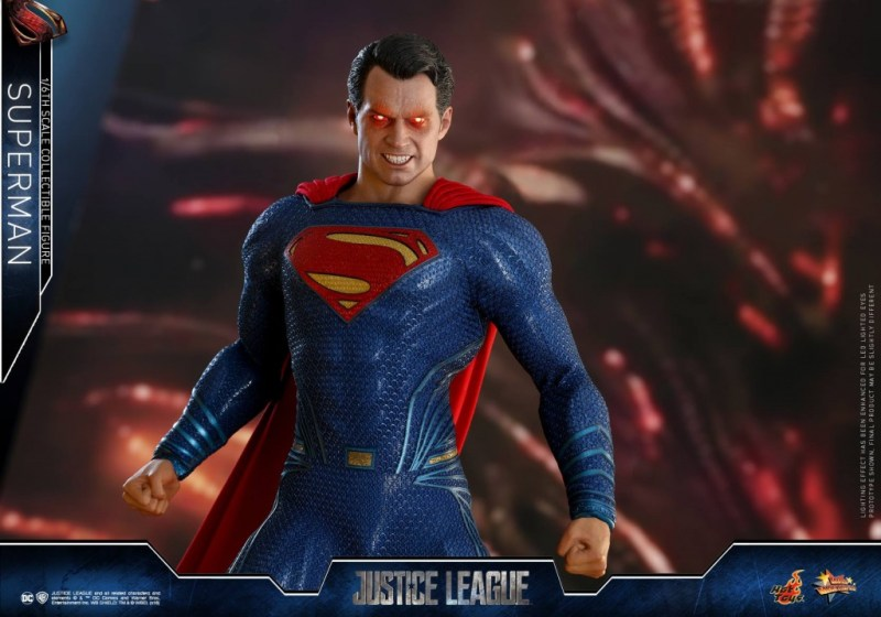 hot toys justice league superman figure review -heat vision eyes wide