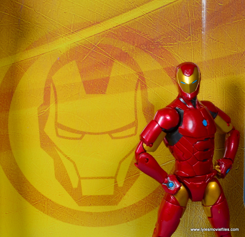 marvel legends invincible iron man figure review -inner package
