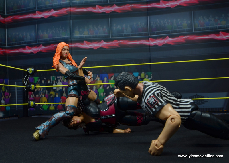 wwe elite 49 becky lynch figure review - disarmher on nia jax