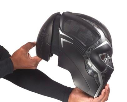 Marvel Legends Black Panther helmet Side