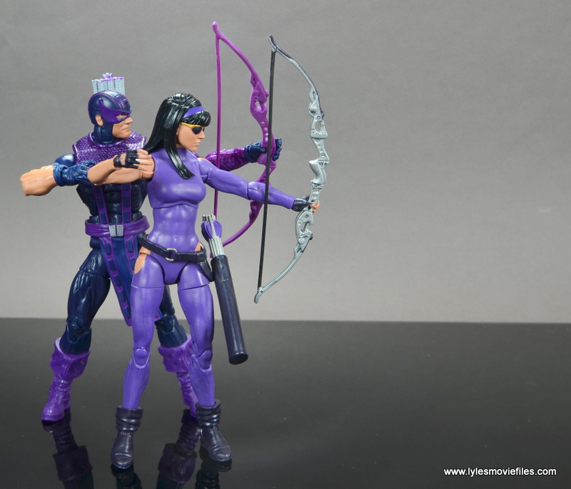 Marvel Legends Avengers Vision, Kate Bishop and Sam Wilson figure review - hawkeye aiming