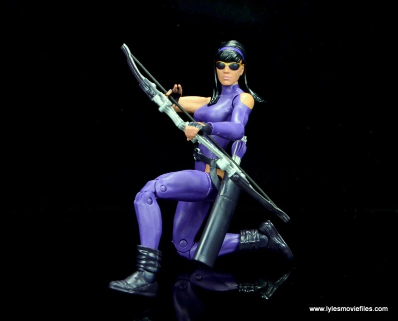 Marvel Legends Avengers Vision, Kate Bishop and Sam Wilson figure review - hawkeye crouching