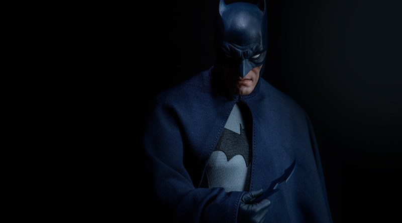 dc-comics-sideshow batman-figure-main pic