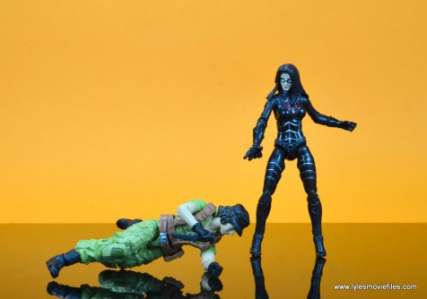 gi joe social clash lady jaye and baroness figure review set - baroness has the jump on lady jaye