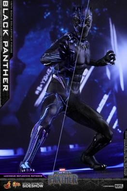 hot toys black panther figure - led light effect