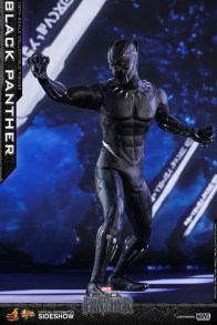 hot toys black panther figure - twisting