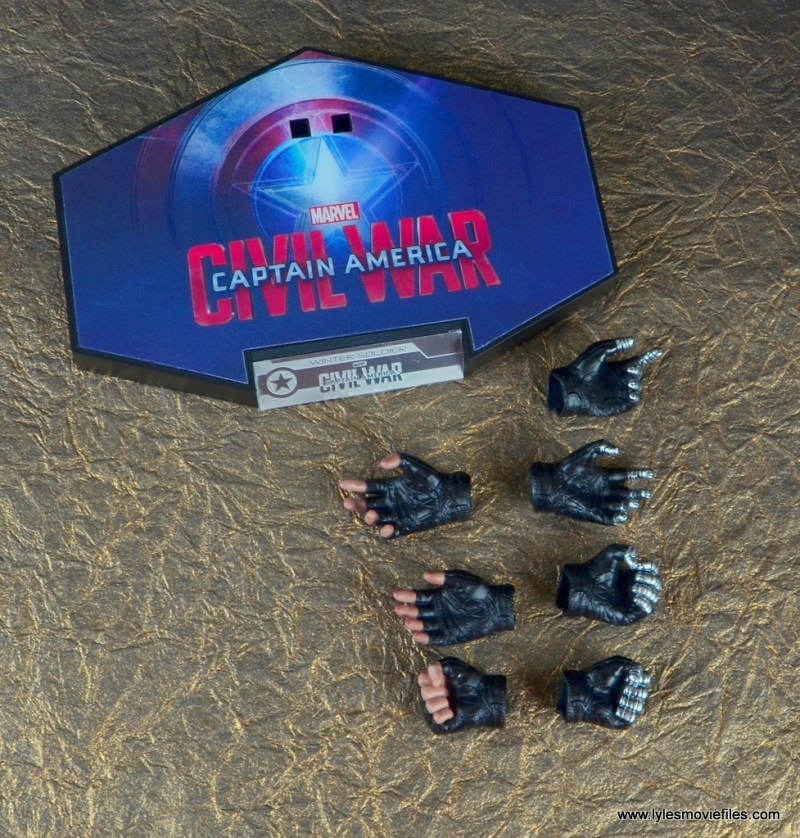 hot toys the winter soldier civil war figure review -accessories
