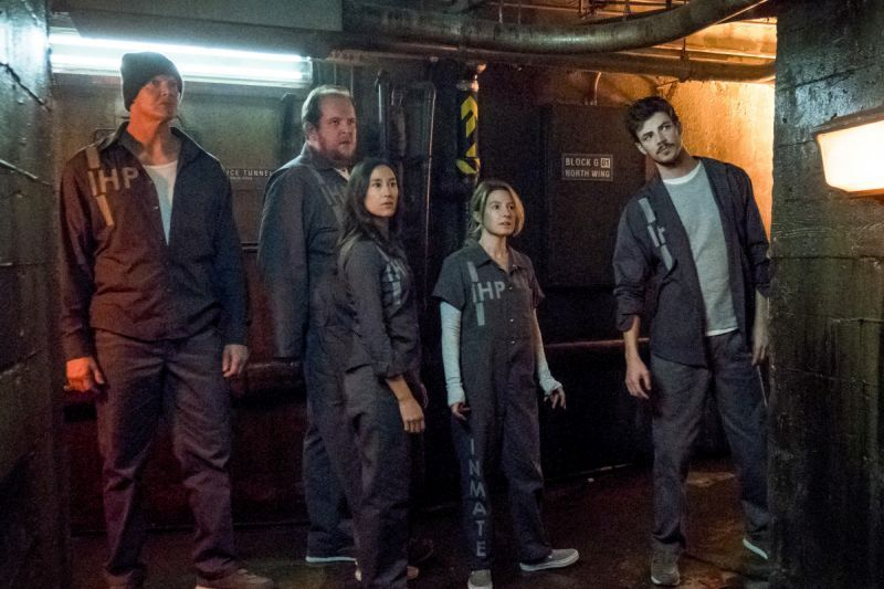 the flash true colors review barry and the convicts