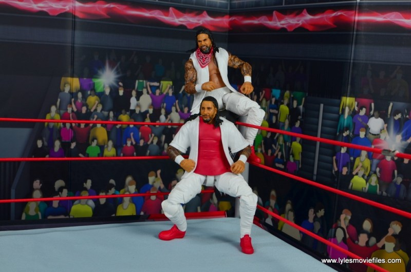 wwe elite 54 the usos jimmy and jey usos figure review - usos in the corner