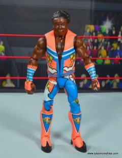 wwe elite xavier woods figure review - front with vest